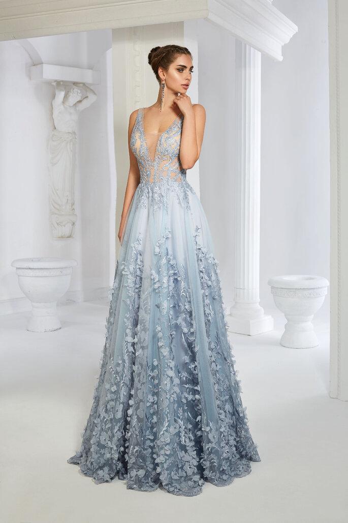 vestido largo tul azul y transparencias