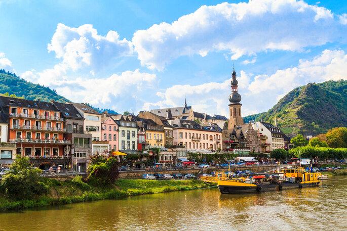 Weinregion Cochem an der Mosel, immer beliebter auch für Brautpaare.