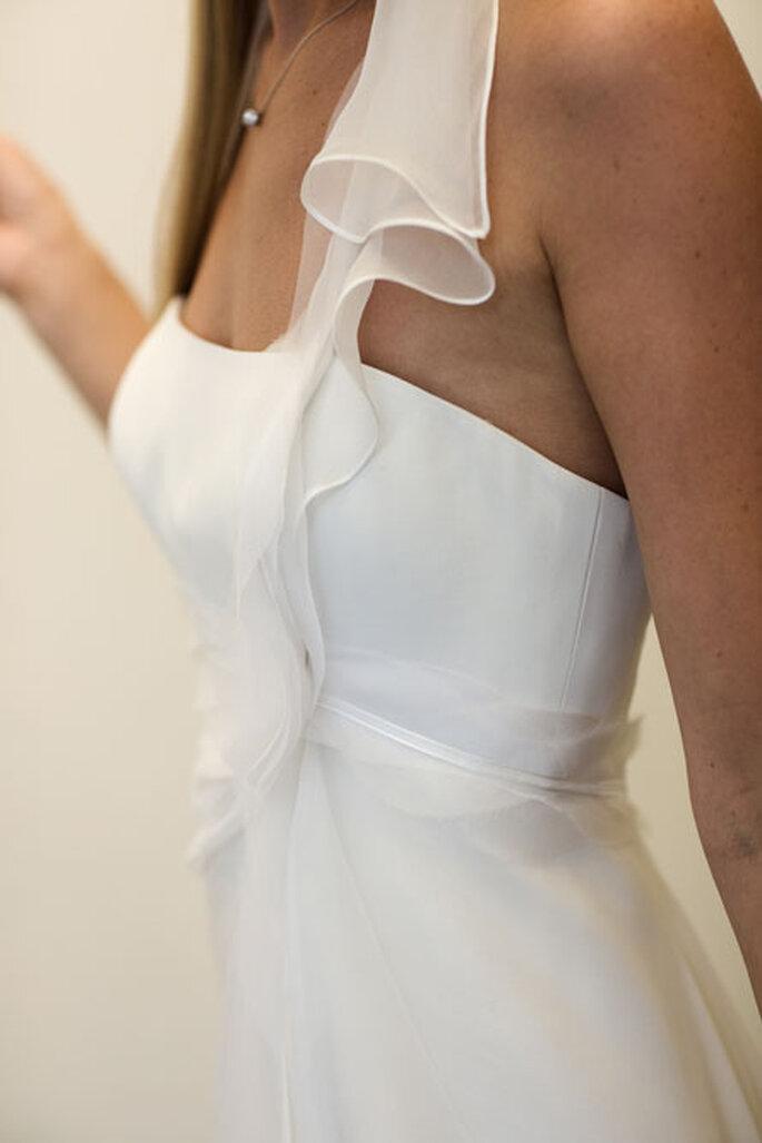 Collection de robes de mariée Amarildine 2011 - Anaïs : détail des pans