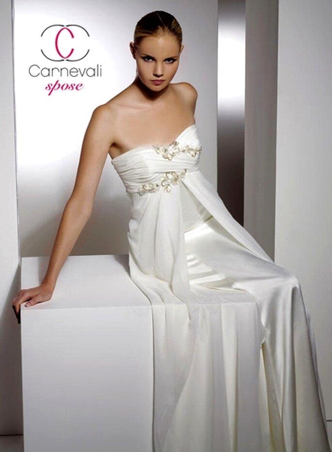 Modello Agata ©Carnevali Spose