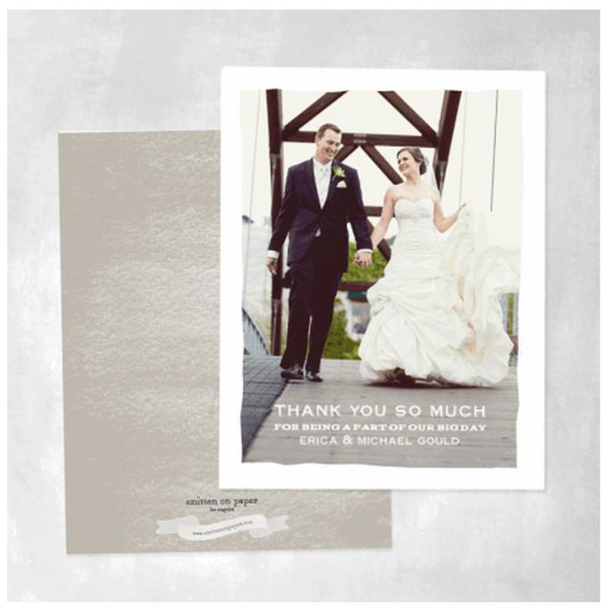 Incorpora fotos de tu boda en tus tarjetas de agradecimiento - Foto Smitten on Paper