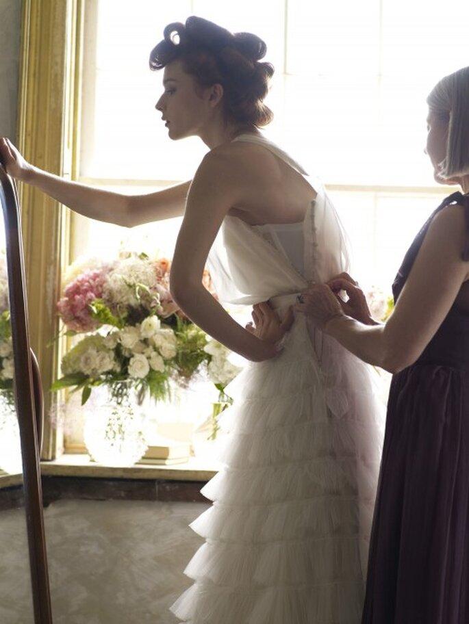 Achten Sie nach dem Kauf des Brautkleides auf Ihre Figur – Foto: bhldn