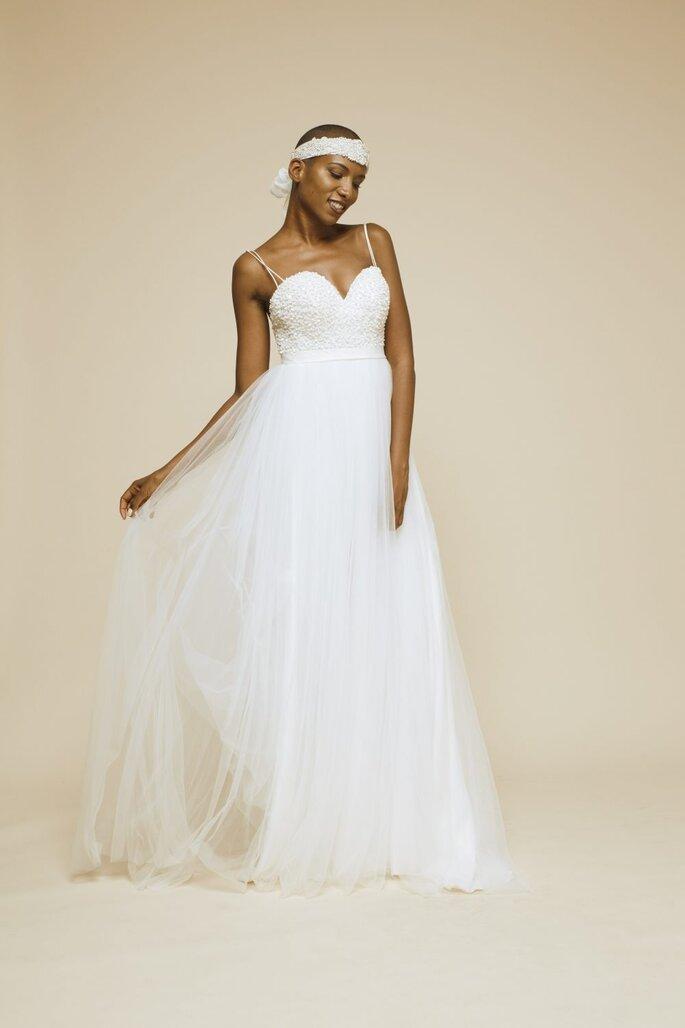 Robe de mariée simple avec un bustier