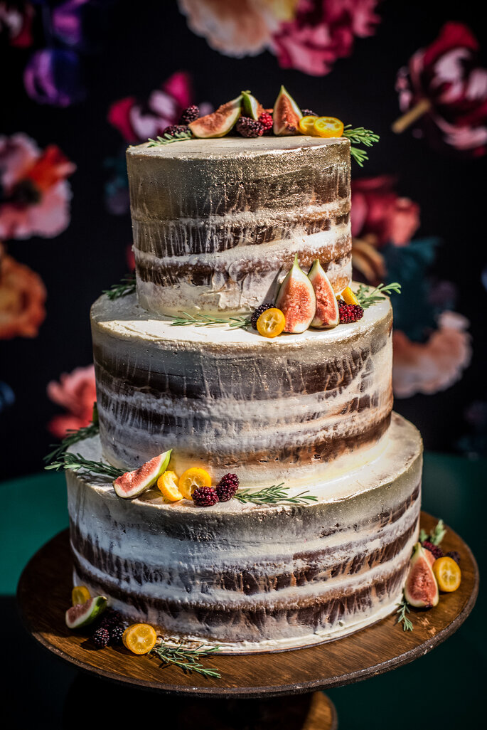 naked cake com figos
