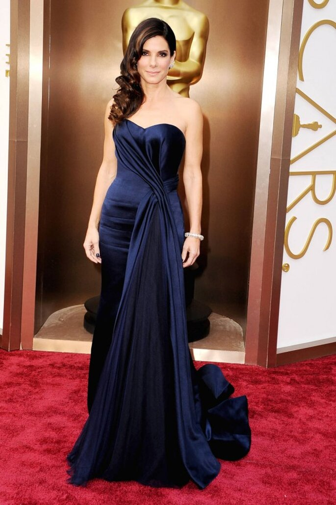 Sandra Bullock en la red carpet de los Oscar 2014 - Foto Alexander McQueen