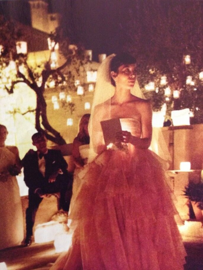 Romantico vestido de novia color rosa de Jessica Biel - Foto Giambattista Valli Twitter