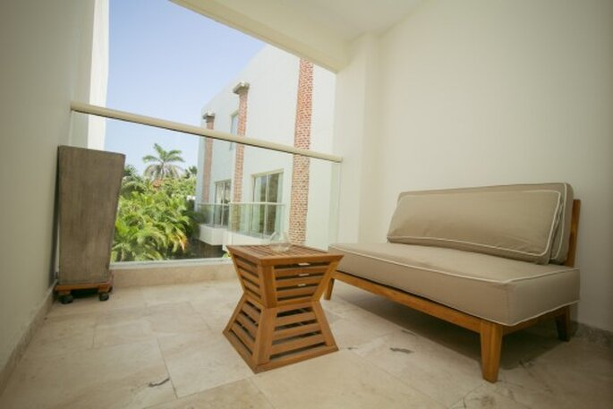 San Diego 974 Suites