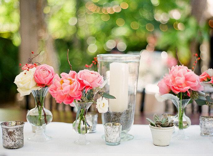 centros de mesa con flores de colores foto merry photography
