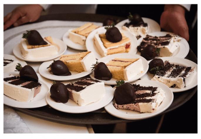 Pastel de bodas con chocolate y fresas para tu banquete de bodas - Foto Leo DJ Photography