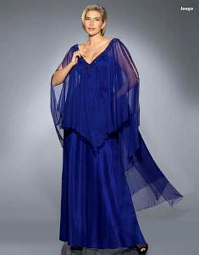 Pronovias Cóctel 2010 - Juego, vestido largo en sedas y tules, ligero, escote en V, mangas abiertas