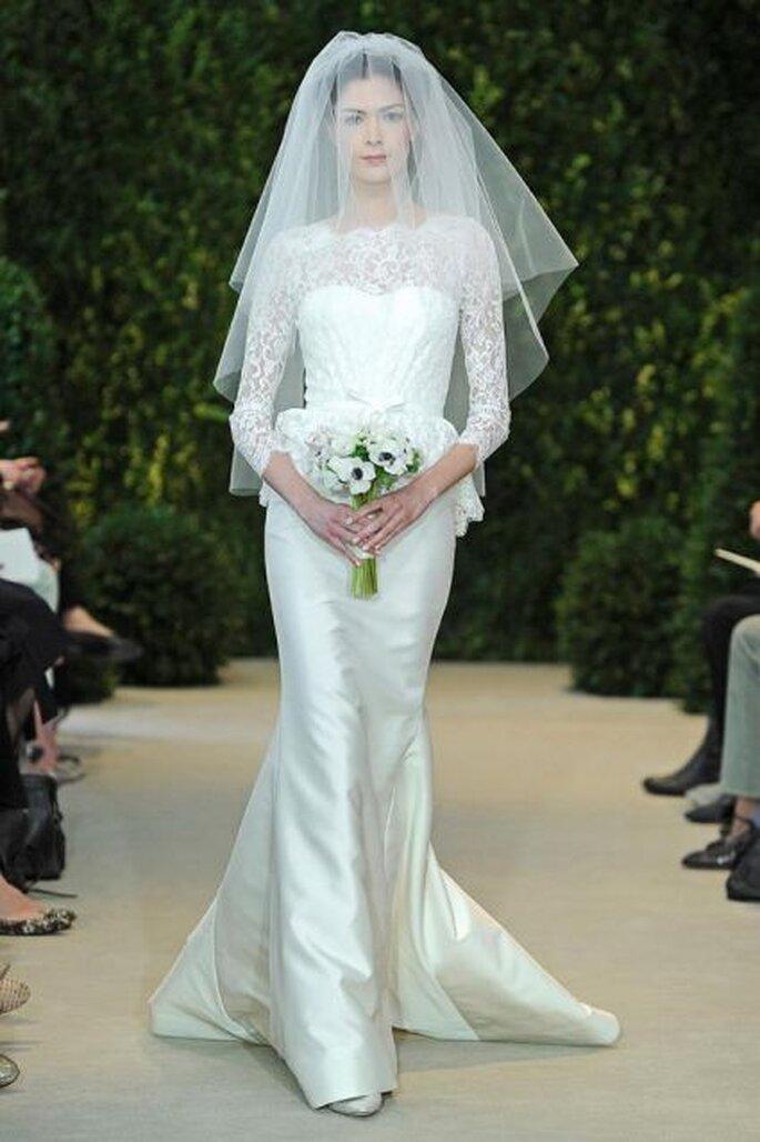 Długa suknia ślubna z rękawami. Alyssa Carolina Herrera