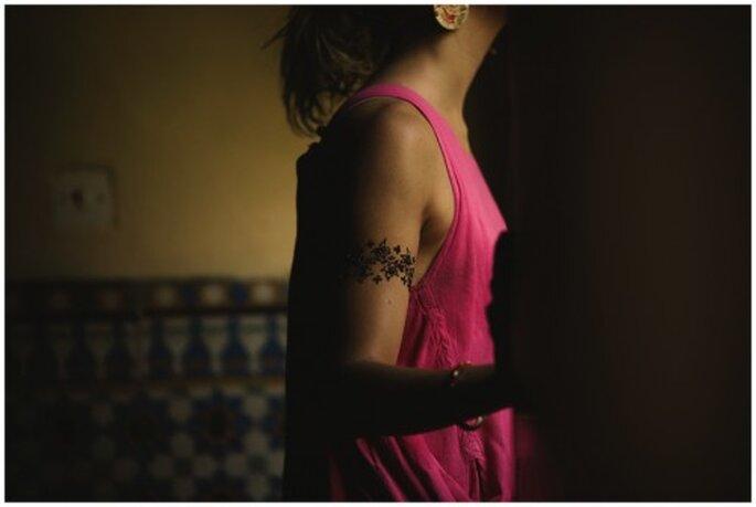 Tatouages au henné d'une future mariée. Photo : Roberto Ramos et María