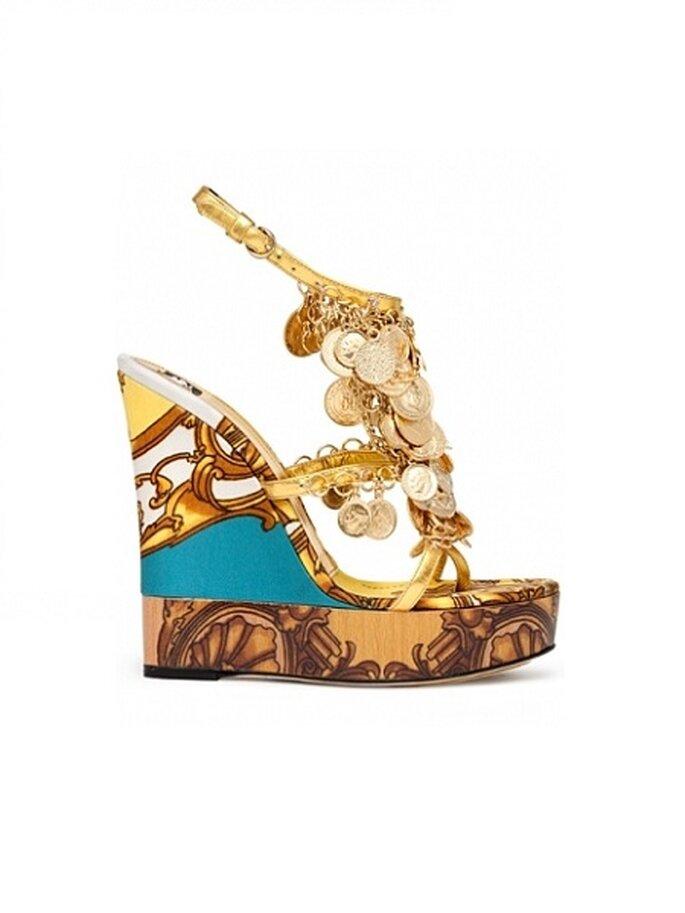 Auffällig: Bunte Wedges von Dolce & Gabbana – Foto: DG