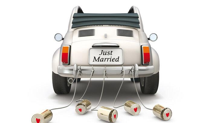 Coche recién casados. Imagen portada 'Si , quiero'.Foto:Noelia Jiménez/Plataforma Actual