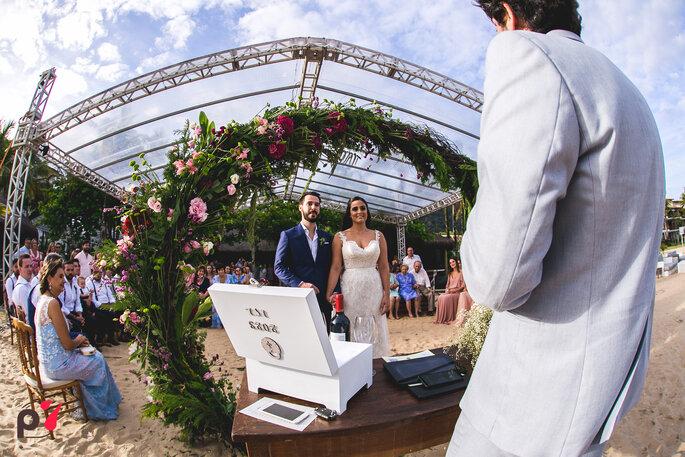 Decoração, flores, paisagismo: Isaias Ribeiro Festas Especiais - Foto: Produtora 7 SONY | Foto e Filme