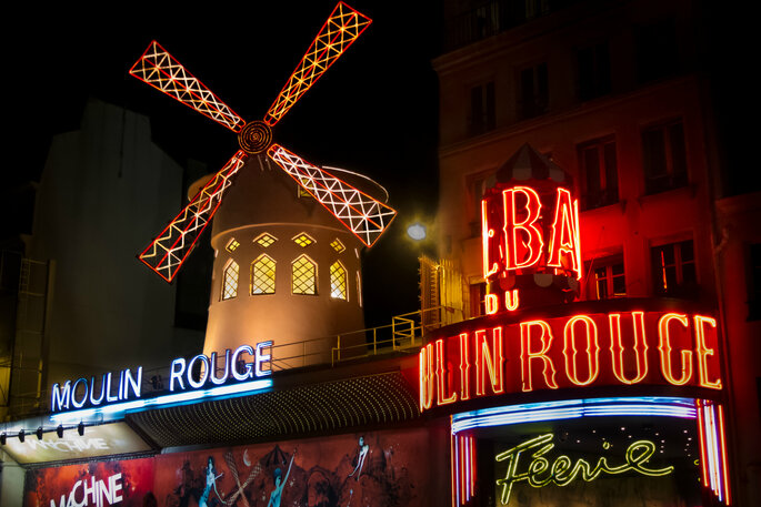 Exterior do Moulin Rouge. Paris