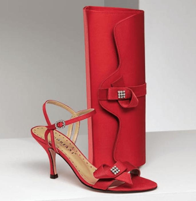 Sandalo rosso coordinato con borsetta