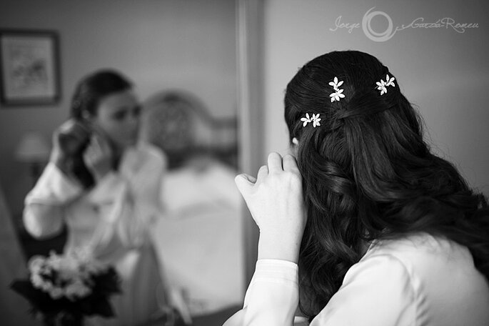 Curlies verleihen dunklem Haar Eleganz - Foto: Josep Álfaro