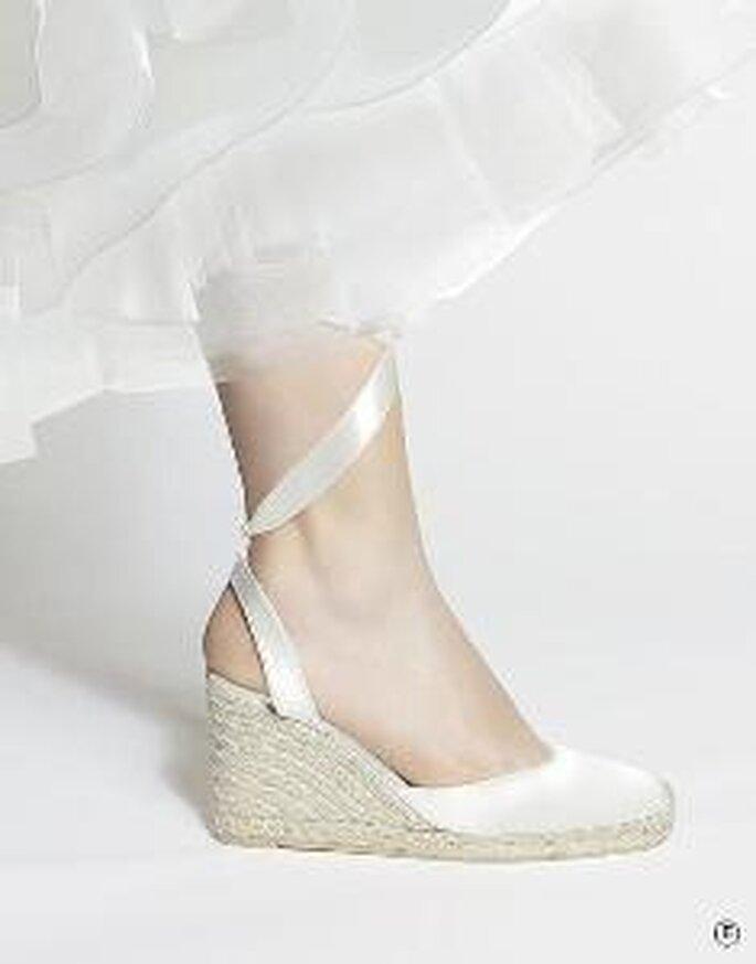 Rosa Clará 2010 - Chaussure à talon compensé en satin avec laçage