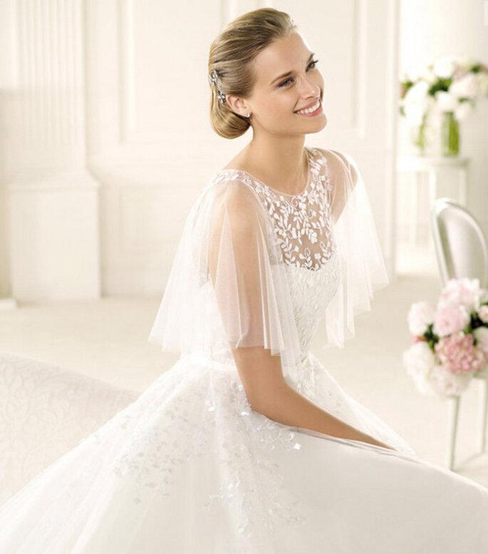 """Dettaglio dell'abito da sposa """"Vega"""" della collezione Manuel Mota 2013. Foto: Pronovias"""