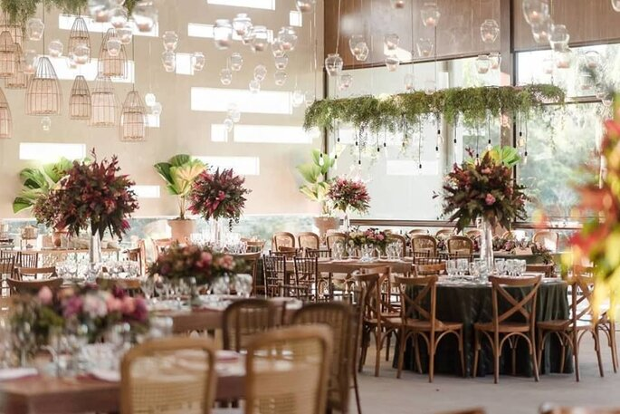 Decoração mesa dos convidados casamento