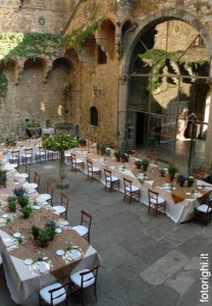 Idee per un matrimonio medievale for Unique wedding venues north east