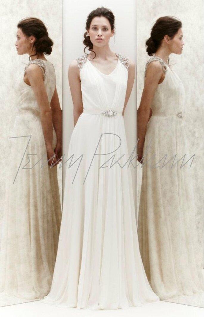 Vestido de novia con cinto y detalles en los hombros - Foto Jenny Packham