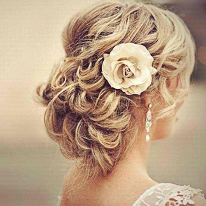 Der Klassiker unter den Hochzeitsfrisuren - Foto: Zankyou Flickr