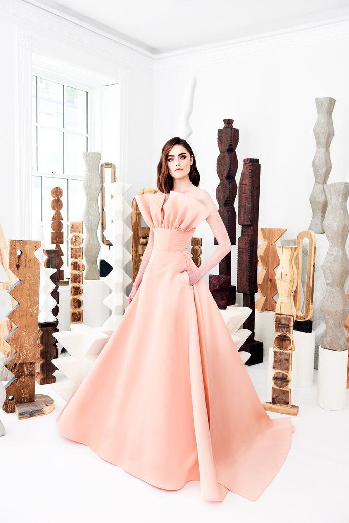 Vestido de novia princesa en color coral