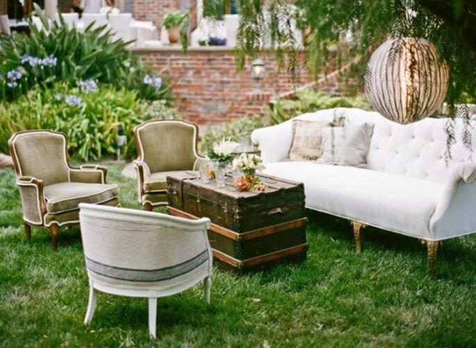 Mobiliario con diseños originales para decorar una boda - Foto Amy and Stuart