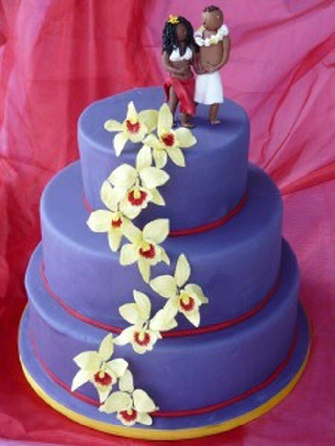 Bunte Hochzeitstorte Hawaii
