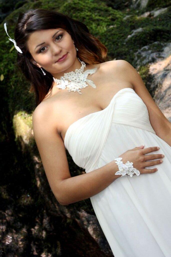 Opterez-vous pour des bijoux de mariée en dentelle ? - Photo : Nuage de Perles