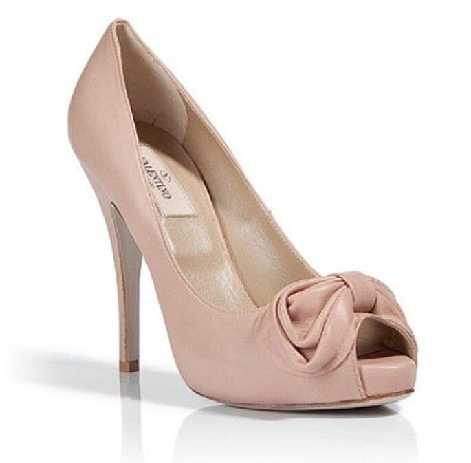 Peep toe couleur nude de Valentino