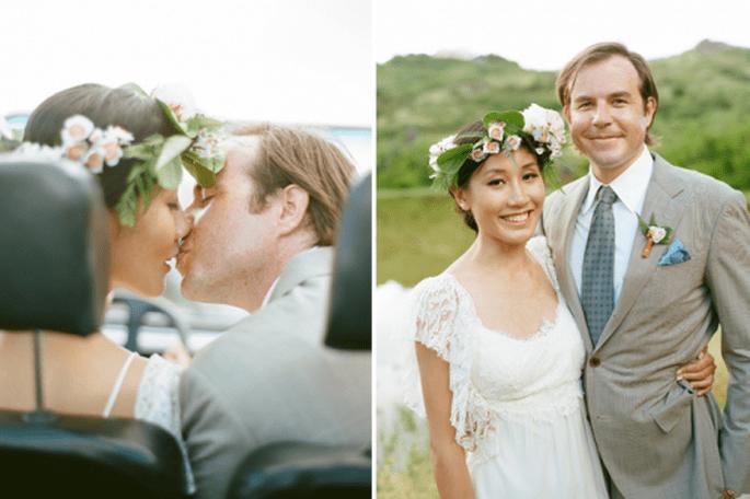 Utiliza una corona de flores para tu boda. Fotografía Aaron Delesie