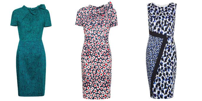 Sukienki z wytłoczonymi wzorami, kwiatami lub graficznymi zdobieniami z Simple