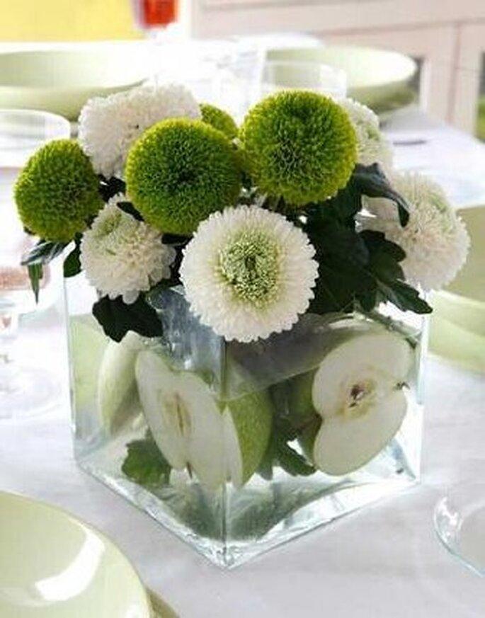 Centro de mesa en verde y blanco
