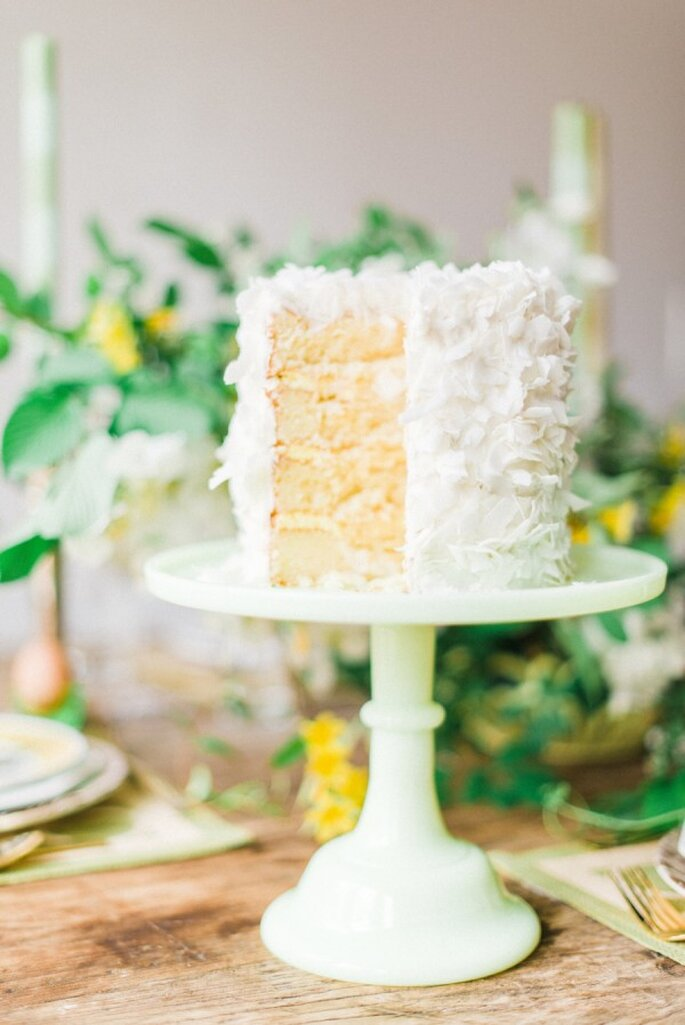 Mini pasteles de boda para el banquete - Foto Rustic White