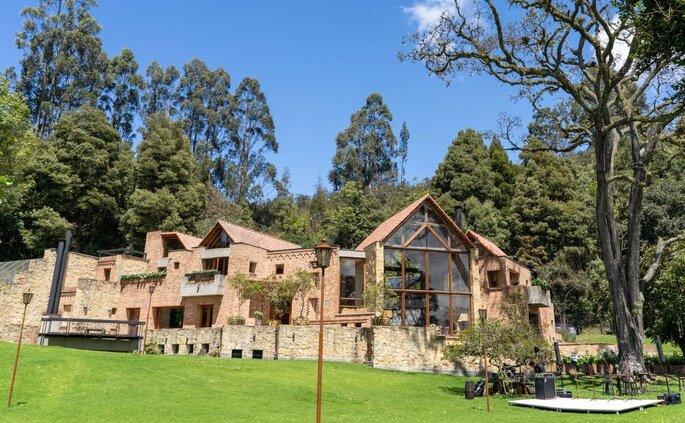Casa Andrés. La casa que casa y otros festines Hacienda para bodas Bogotá
