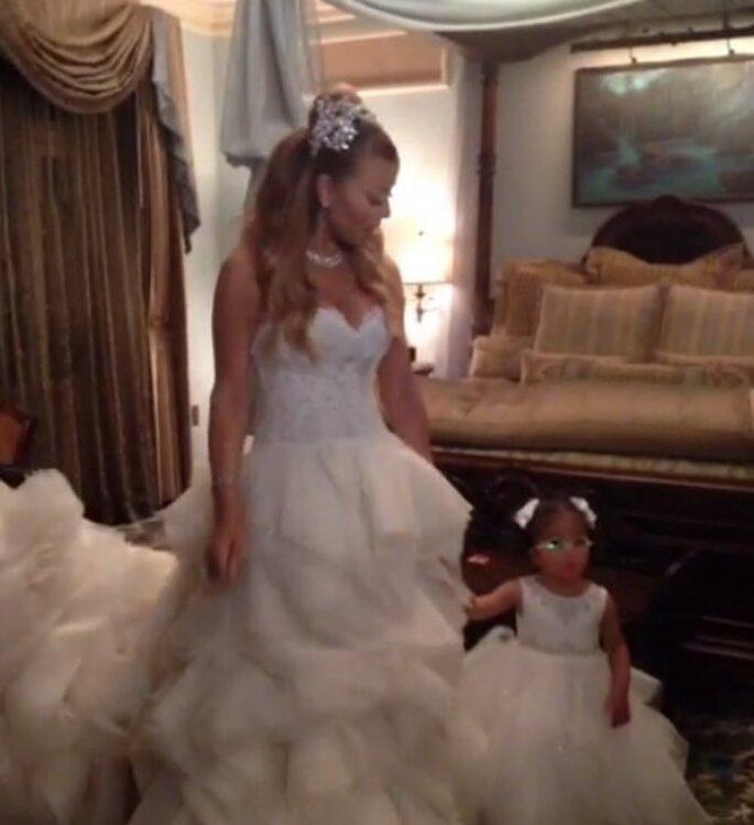 Mariah Carey renovó sus votos matrimoniales como princesa en Disneyland