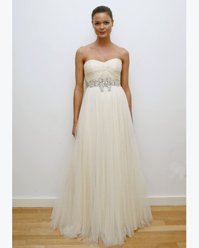 Strapless dress with tulle skirt and jewelled belt
