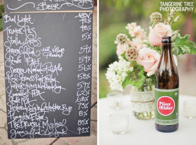 Decoración de boda con botellas de cerveza avejentadas - Foto Tangerine Tree