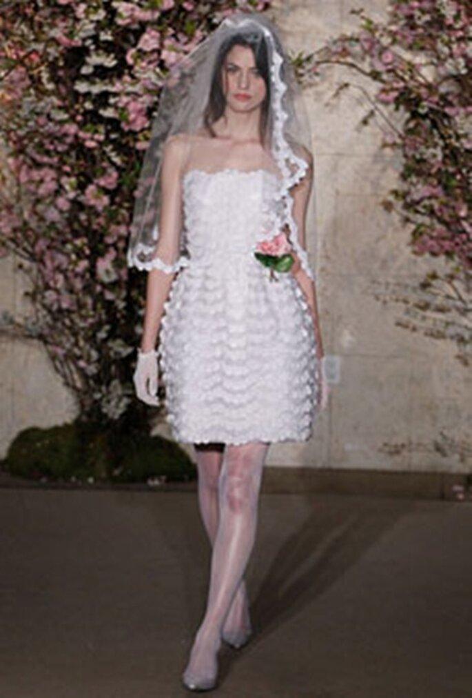 Kurzes Hochzeitskleid von New Oscar de la Renta - Foto:www.oscardelarenta.com