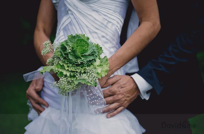 Ramos de novia grandes, verdes y súper orignales. Fotografía David ONE