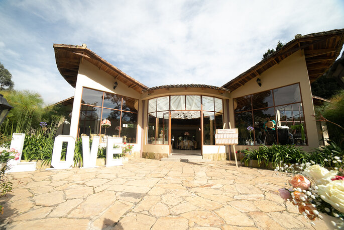 Hacienda Los Nogales