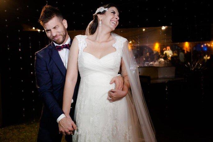 Fotografia espontânea dos noivos