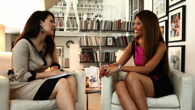 Chiara Besana, a sinistra, impegnata in un'intervista per la sua nuova trasmessione tv! Foto: Photo 27