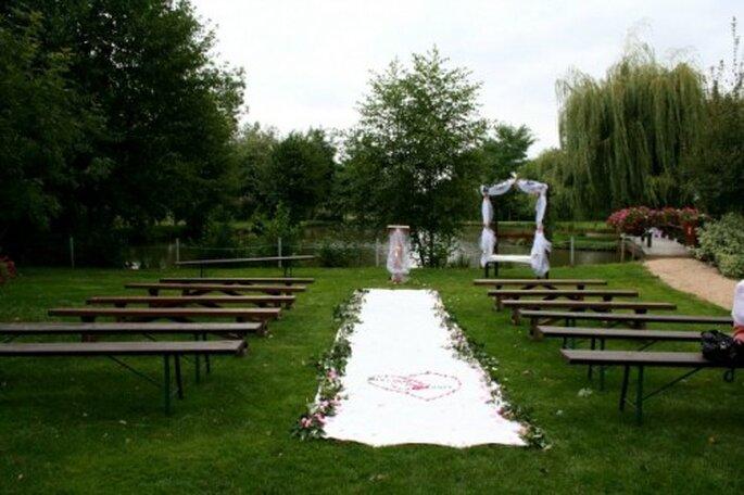 Faites appel à un officiant pour votre cérémonie laïque - Photo : Cérémonie de Mariage