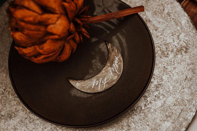 Tischdekoration Indischer Stil Teller mit Halbmond