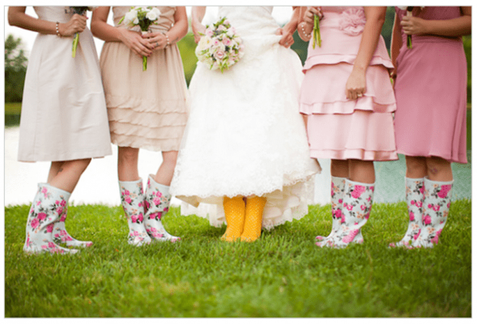 Vestidos para damas de boda en tendencia - Foto Caitlin Thomas