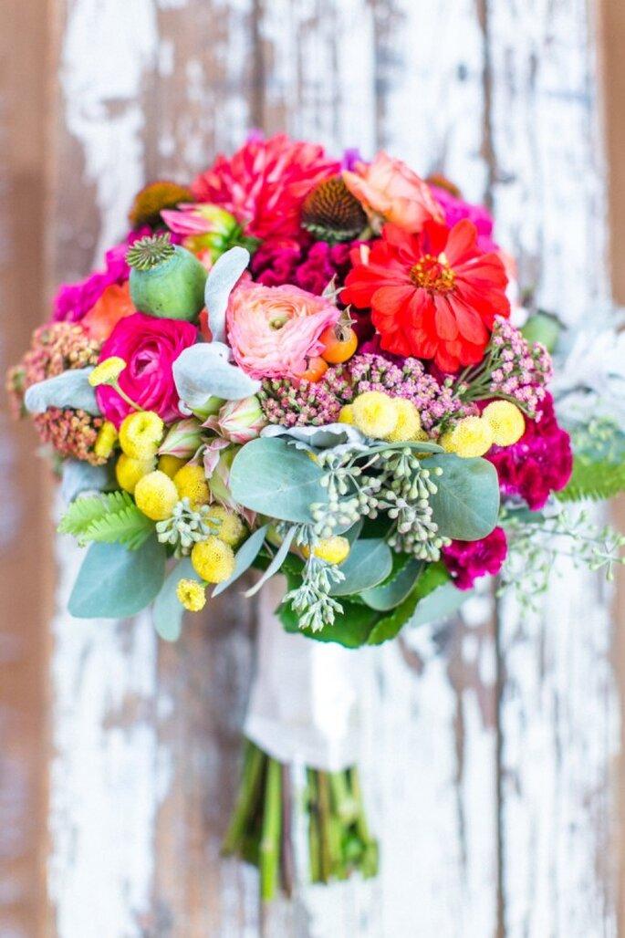 El ramo de novia puede complementar a la perfección tu estilo - Foto Stephanie Yonce Photography
